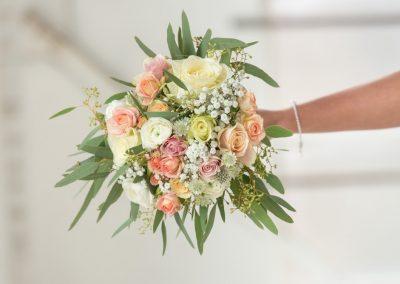 bruidsboeket wit/zalm